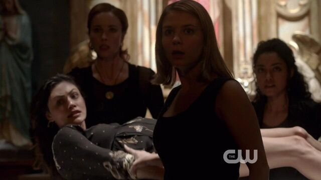 File:The Originals S01E22 mkv2606.jpg