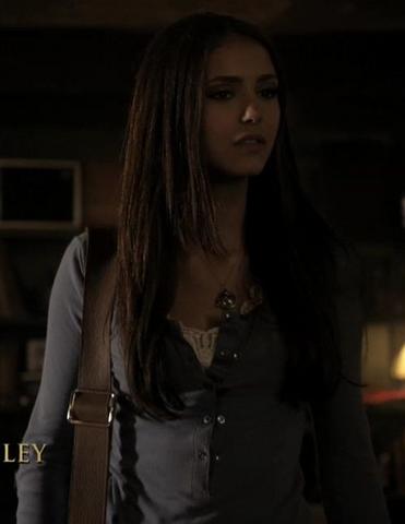 File:Elena-gilbert-gallery (1).png