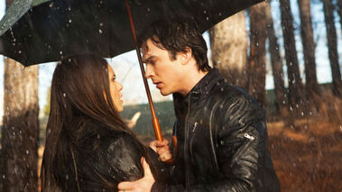 Delena-rain-kiss-season-1-season-6