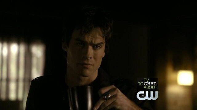File:The.Vampire.Diaries.S01E09 - T V D F A N S . I R -.avi snapshot 05.22 -2014.05.26 16.32.43-.jpg