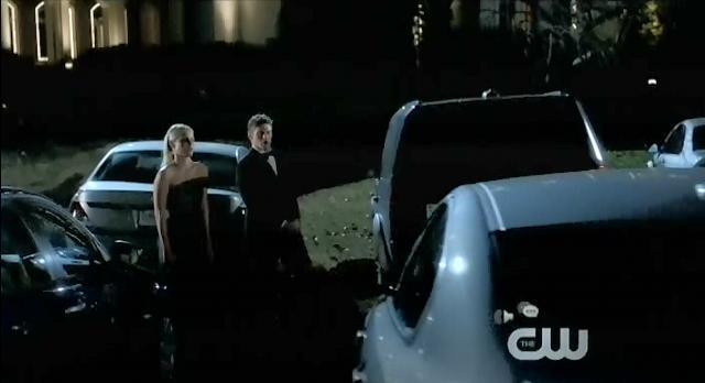 File:The-Vampire-Diaries-S3x14-Matt-and-Rebekah.jpg