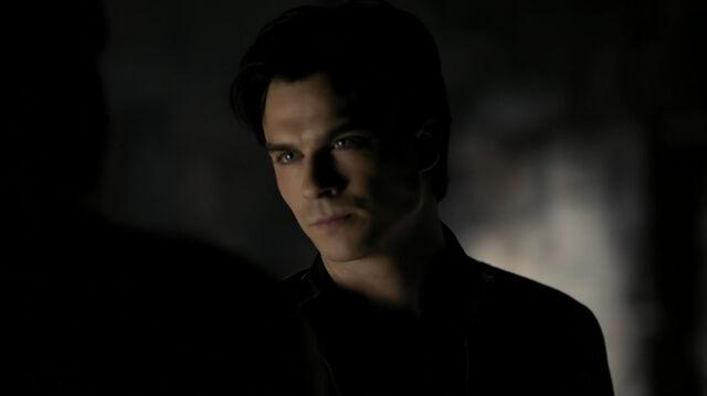 File:2x11-Damon.jpg