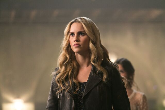 File:The Originals - Episode 1.10 - The Casket Girls - Promotional Photos (1) FULL.jpg