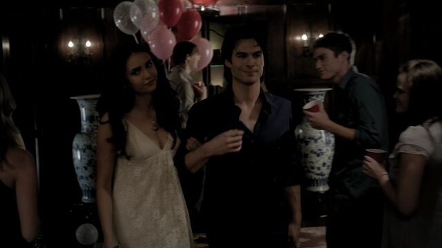 File:301VampireDiaries0924.jpg
