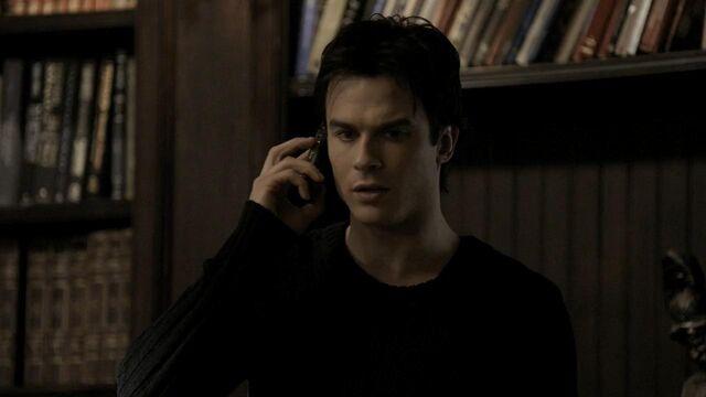 File:The.Vampire.Diaries.S01E20 - T V D F A N S . I R -.mkv snapshot 09.35 -2014.05.12 02.58.42-.jpg