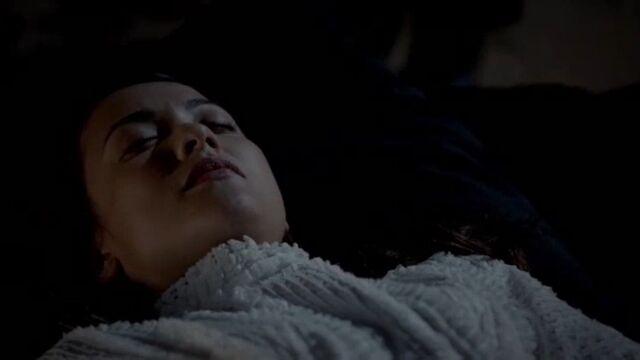 File:Jane Anne Body TO 1x01.jpg