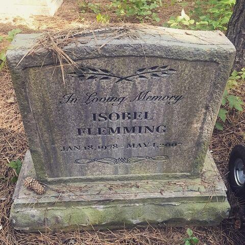 File:Grave-Isobel.jpg