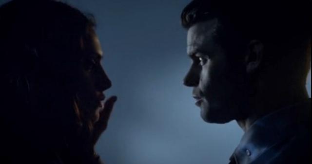 File:Hayley-Elijah 2x22...png