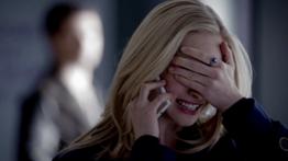 Caroline on the phone 5x17