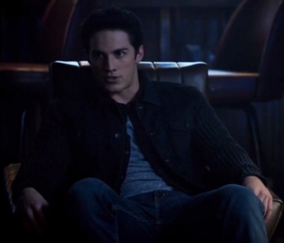 File:1x8 Tyler Lockwod The River in Reverse..png