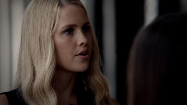 File:Rebekah 9 TO 1x03.jpg