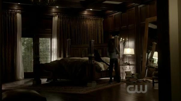 File:Damon room.jpg