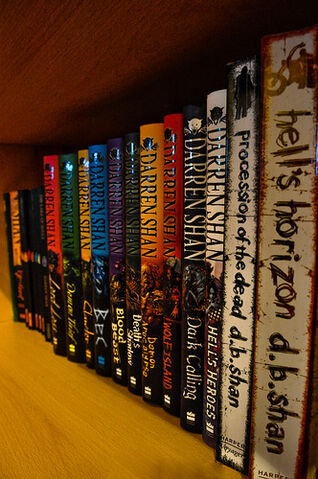 File:365 - Darren Shan Collection.jpg