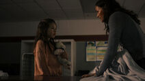 Nothing Matters 1x06 Vanessa plays hide and seek with Callie