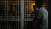 Fear Her 1x05 Brendan locks Axel, Doc, Nicole and John in the cage