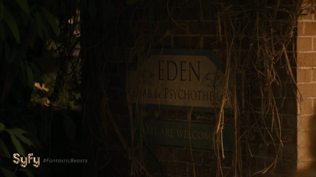 File:1x10 Stay Away Eden entrance.png