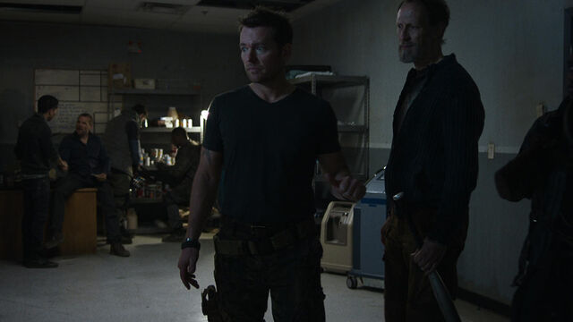File:Fear Her 1x05 Sam and Axel.jpg