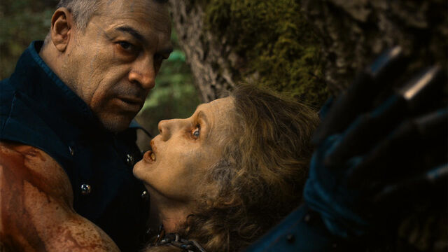 File:Last Time 1x11 Magdalene terrifed of Julius.jpg