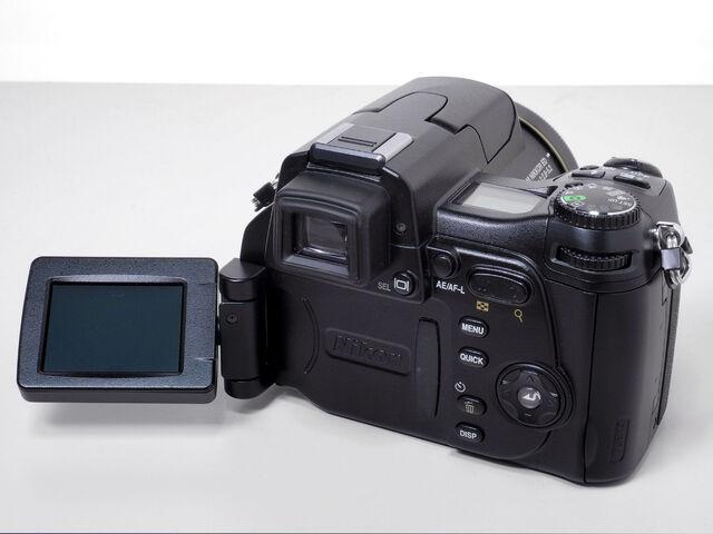 File:Nikon 8800 Back.jpg