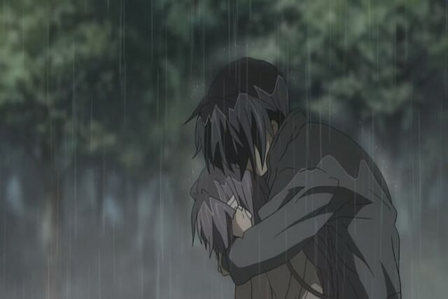 Tập tin:Kyou and tomoya hug.jpg