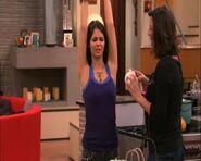 Tori arms up