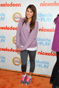 Daniella+Monet+Nickelodeon+Celebrates+Largest+F7GJhrio rfl