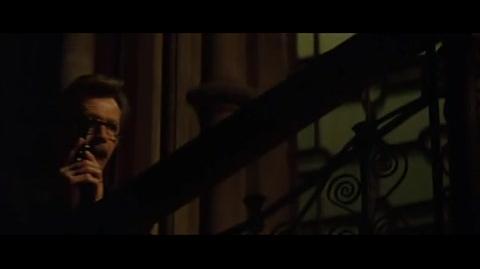 Batman Begins - Batman and Gordon