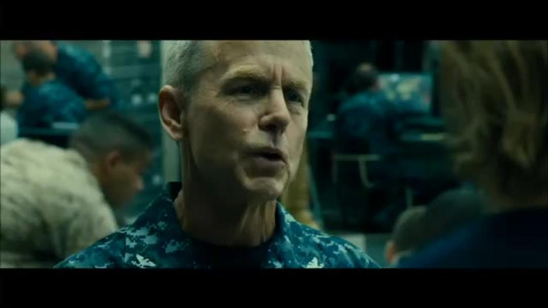 Wold War Z Clip - I Can't Leave My Family