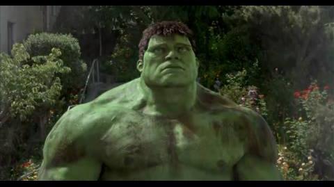 Hulk - Surrounded