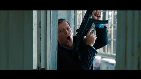 The Bourne Legacy (2012) - Clip Aaron escapes to the basement