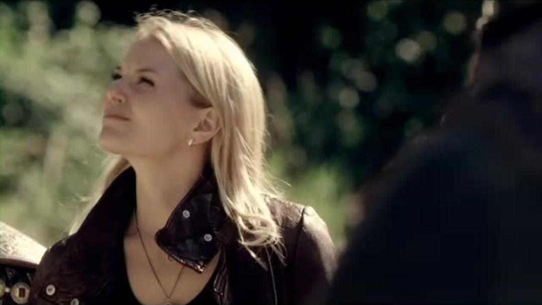 """Once Upon A Time - Season 2 Bonus Clip """"Strong in Different Ways"""""""
