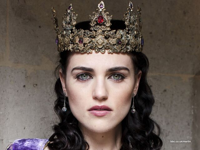 File:Crowned Morgana Pendragon.jpg