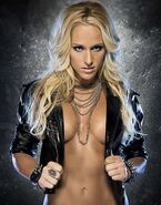 Maryse-Michelle-McCool-Eve-Torres-Muscle-Fitness-Magazine-12