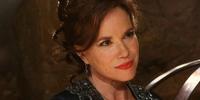 Cora Mills
