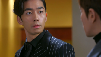 Jae kyung faced his wife