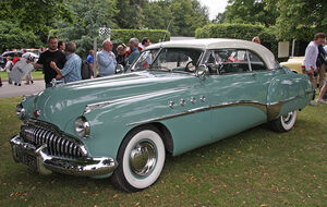 1949 Buick Roadmaster Riviera Coupé - Flickr - exfordy