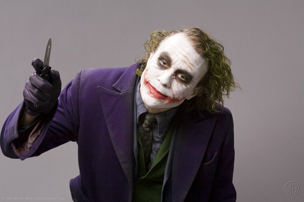 File:The-dark-knight-heath-ledger-joker (2).jpg