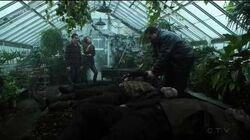 Gotham 3x16 - Penguin kills Gabe