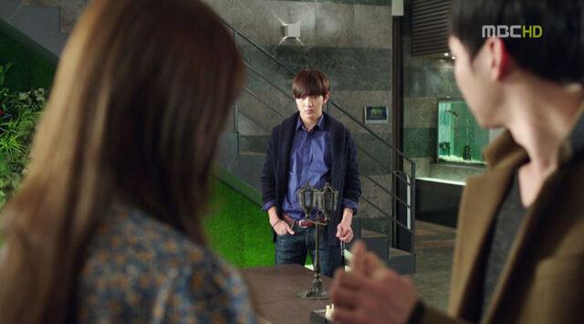 File:Hyungjoonjelous.jpg