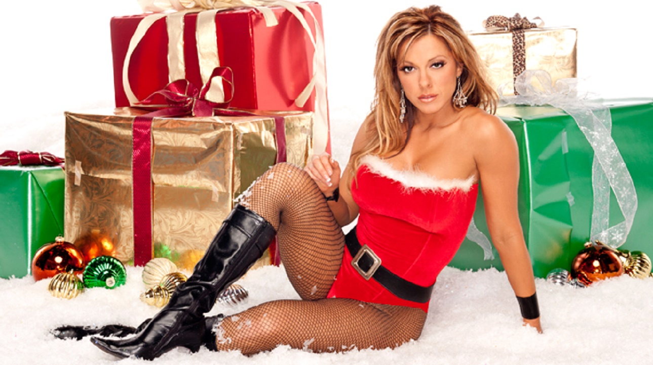 Dawn Marie Measurements: Image - Dawn Marie Xmas.jpg