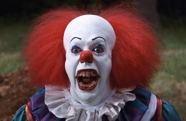 File:Pennywise the Dancing Clown.png