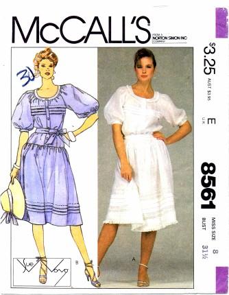 McCalls 1983 8561