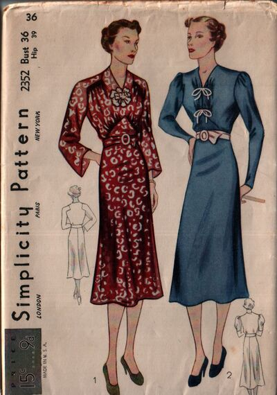 Simplicity 2352 front