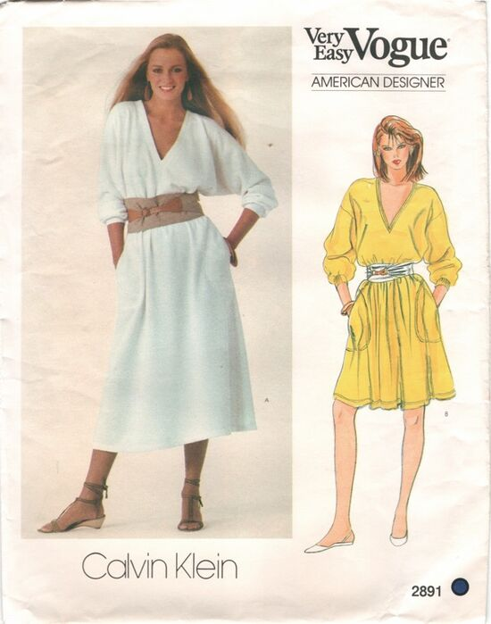 2891V 1970s CKlein Dress