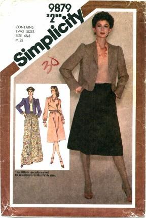 Simplicity 9879