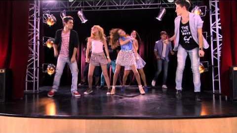 Violetta - Momento musical Los chicos bailan ¨Tienes el talento¨-0