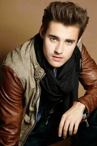 Jorge Blanco Photoshoot 1
