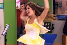 Camila Veo veo