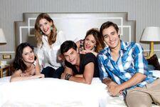 Lodo, Clari, Diego, Tini, Jorge