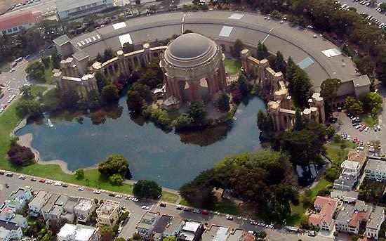 File:Palace o F Arts Aerial.jpg